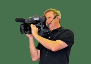 cameraman wears CM-i3